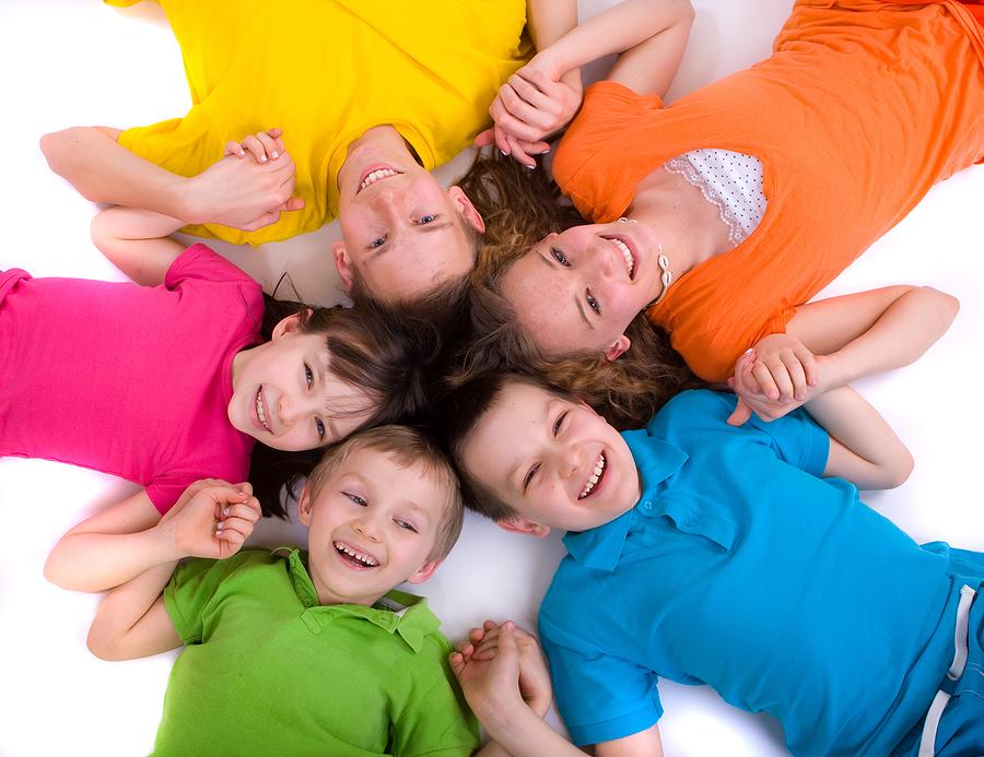 Glückliche Kinder durch Hypnose